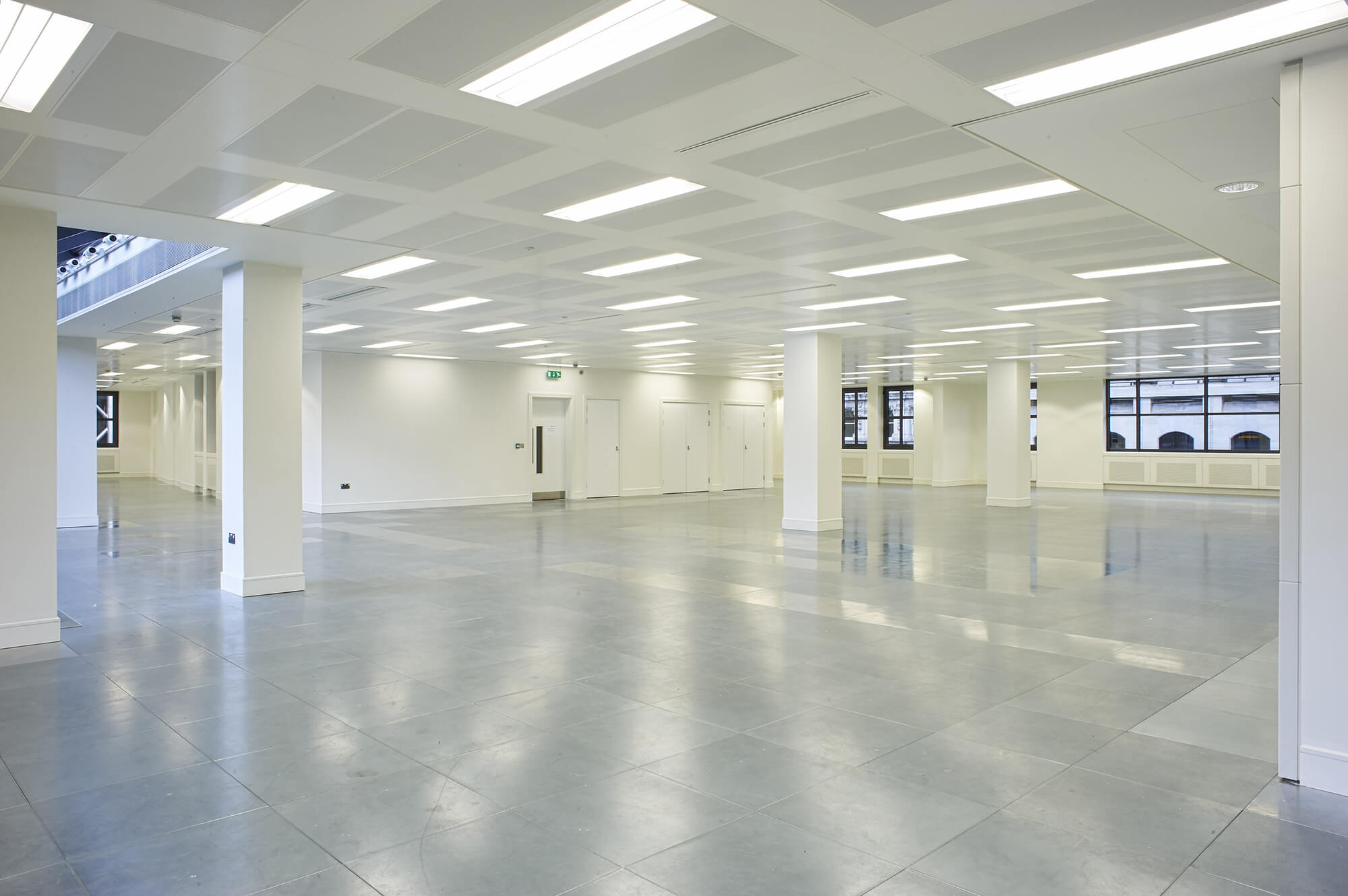 Aura Consulting Project - Bank of China 90 Cannon Street - 004